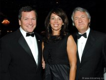 Keynote speaker Frank McKenna with presenting sponsor Carl Lovas (chairman Odgers Berndtson) and his wife, Kathy