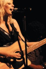 Katelyn Dawn (pop/country recording artist and former Canadian Idol finalist and Canada\'s Next Top Model semi-finalist)