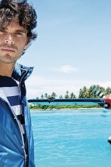 Embrace the nautical look and set sail with modern menswear from Paul & Shark's Yachting collection.
