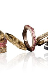 Montblanc emblem-shaped, diamond-studded rings