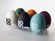 Soso Salt is as simple and unassuming as its egg-shaped container. Spanish designer Eduardo del Fraile used a variety of distinct colours to characterize the intriguing flavour combinations of these natural, high-quality salts. The results are eggs-quisite and salt- sational, even if this joke isn't. www.sososalt.com