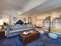 carltons new yorker suite