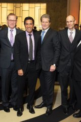 Tom Kierans, O.C., co-chair, Sinai Health System Research Committee; Brent Belzberg, chair and president, Board of Directors, Mount Sinai Hospital Foundation; Joseph Mapa, president and CEO, Sinai Health System; Dr. Sanjay Gupta; Jay Hennick, chair, Board of Directors, Sinai Health System; Kevin Goldthorp, executive vice-president, Sinai Health Foundation; Joel Reitman, board member, Sinai Health System; Jeff Rosenthal, vice-chair, Board of Directors, Mount Sinai Hospital Foundation
