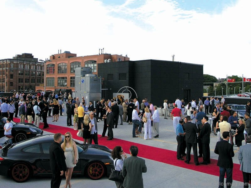 Downtown Porsche raises the roof by celebrating its grand opening in high style.