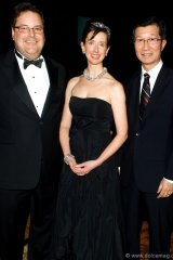 roy Maxwell, board chair and CEO, RBC Capital Markets; Cindy Thorburn, gala chair; Minister of Tourism and Culture Michael Chan