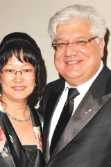 Ophelia and Mike Lazaridis (Research In Motion founder)