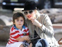 Gwen Stefani with son Kingston, IMAGES COURTESY OF AKM-GSI VIA CELEBRITYBABYSCOOP.COM