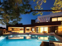 BC Estudio Architects recently completed the Dunmow House in Athens, Greece