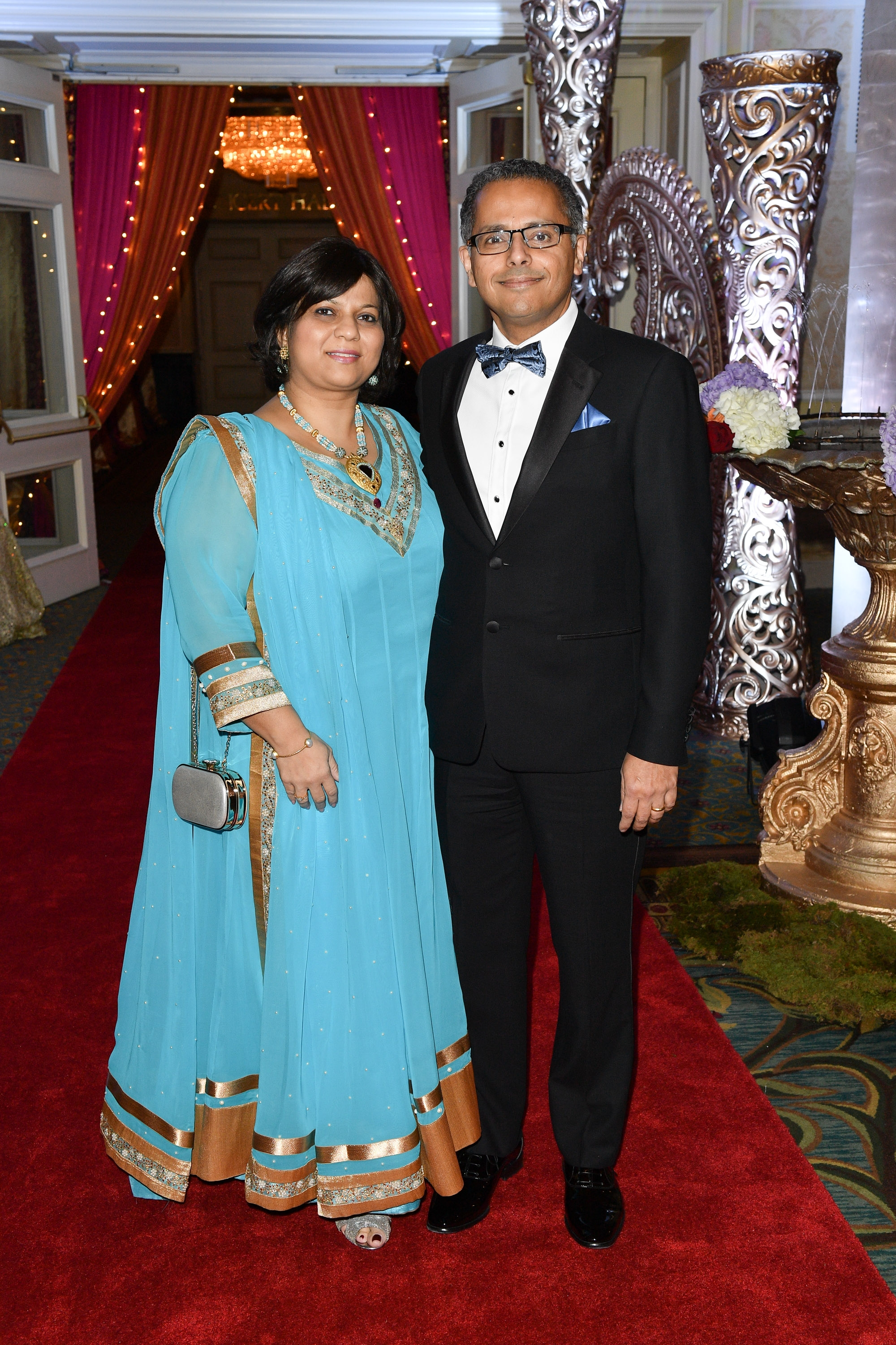 Diwali Commitee member Mala Chopra and Dr Anil Chopra Medical Director Emergency Medicine UHN