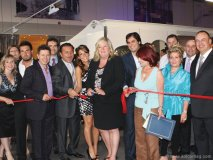 Canaroma owners Roy Mancini and Frank Piacentini, Vincent Kitchen and Design owner Vince Luca, and Vaughan Mayor Linda Jackson cut the ribbon and make it official: Canaroma is now bigger than before with great new collections.