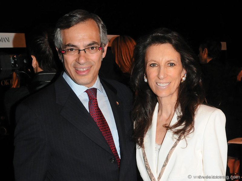 The Honourable Tony Clement (Minister of Industry) and Michelle Levy.
