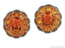 ivynewyorkJuicy gems mesh together to create orange delight in these scrumptious-looking studs  www.ivynewyork.com