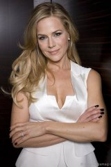 """I would rather   work as an actor that day than sit on my couch and tell people I'm an actor"" - Julie Benz"