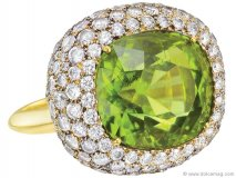 ▶ As fun as a crabapple cocktail, this cushion-cut peridot and diamond ring brings a surge of energy  to your fingertips.  www.betteridge.com