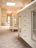 Dressed-up drawers make  this Clos-ette space even  more luxurious.
