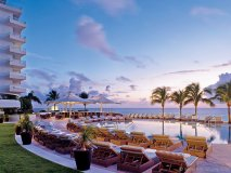 Fort Lauderdale's only AAA Five-Diamond-rated hotel rests on the sparkling shores of the famous Intracoastal Waterway