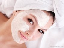 Hydra Thermal with Light Therapy Facial Gift Card at King Country Day Spa: This lifting facial with a gentle micro current and light therapy session stimulates the collagen in your skin at the cellular level.