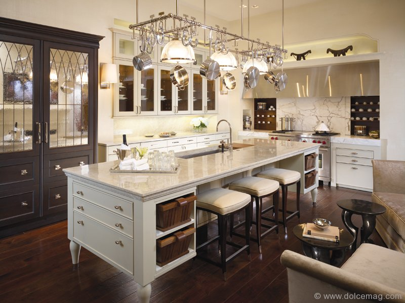 The Beauxarts Collection By De Giulio Kitchen Design Incorporates A Mix Of Classical And Contemporary Style