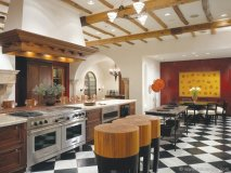 A combination of motifs and eclectic design gives de Giulio Kitchen Design a unique and inviting ambience.
