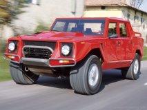 LM - Lamborghini\'s SUV