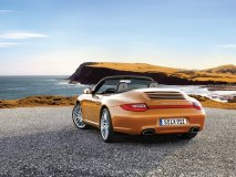 The ideal way to enjoy a sunny weekend getaway, a ride in an open-top 911 is the sweet life on wheels.