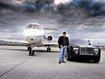 The Rolls-Royce Phantom.