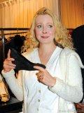 Actress Leah Pinsent