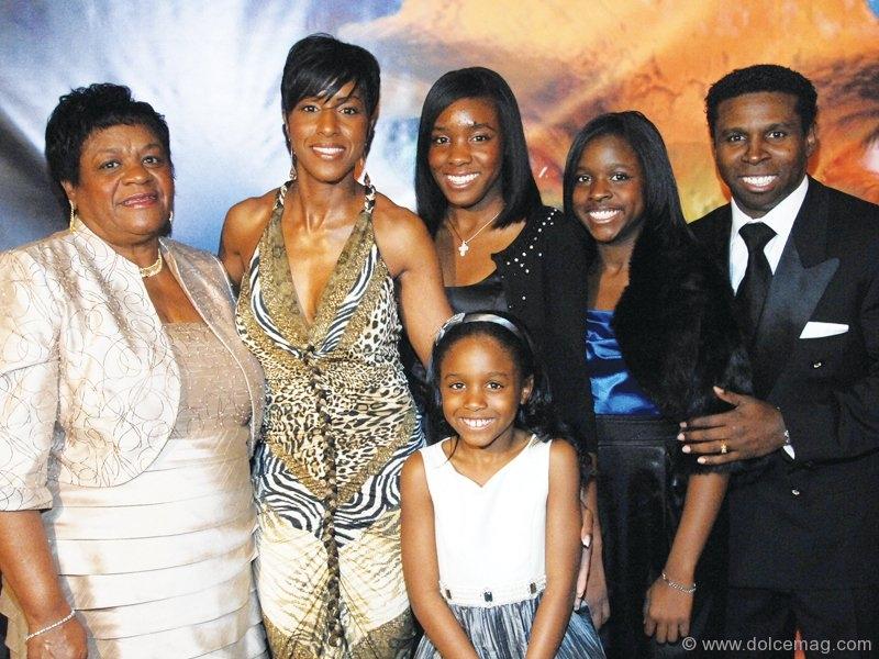 "Anna Marie Bryant (Michael Clemons' mother), Diane Lee-Clemons, Rachel, Rylie, Raven and Michael ""Pinball"" Clemons."