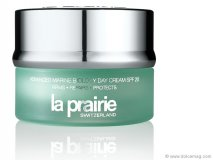 Glow like a fairy with a dose of La Prairie. Achieve a naturally dewy look by massaging this new day cream formula deep into your skin.