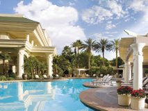 Four Seasons Las Vegas: Unwind and relax with a number of poolside amenities.
