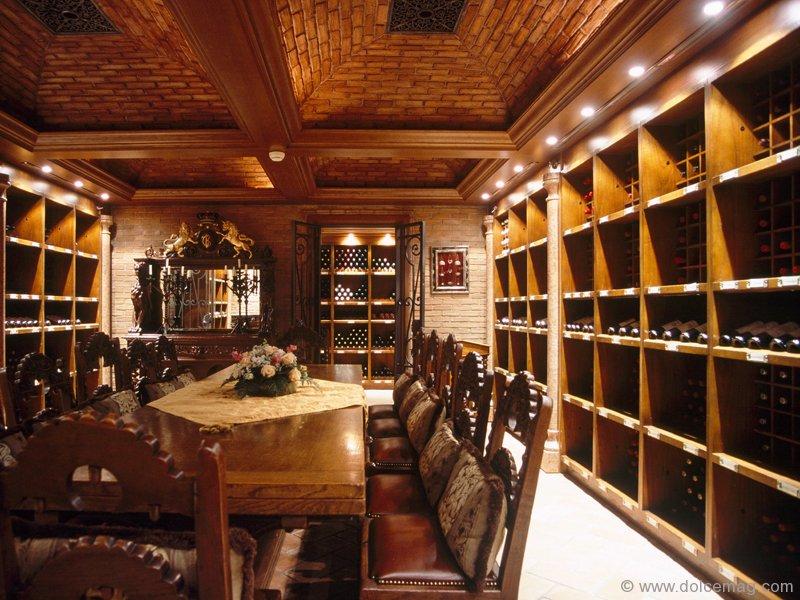 Tuscan cellars custom wine cellars dolce luxury magazine for Luxury home wine cellars